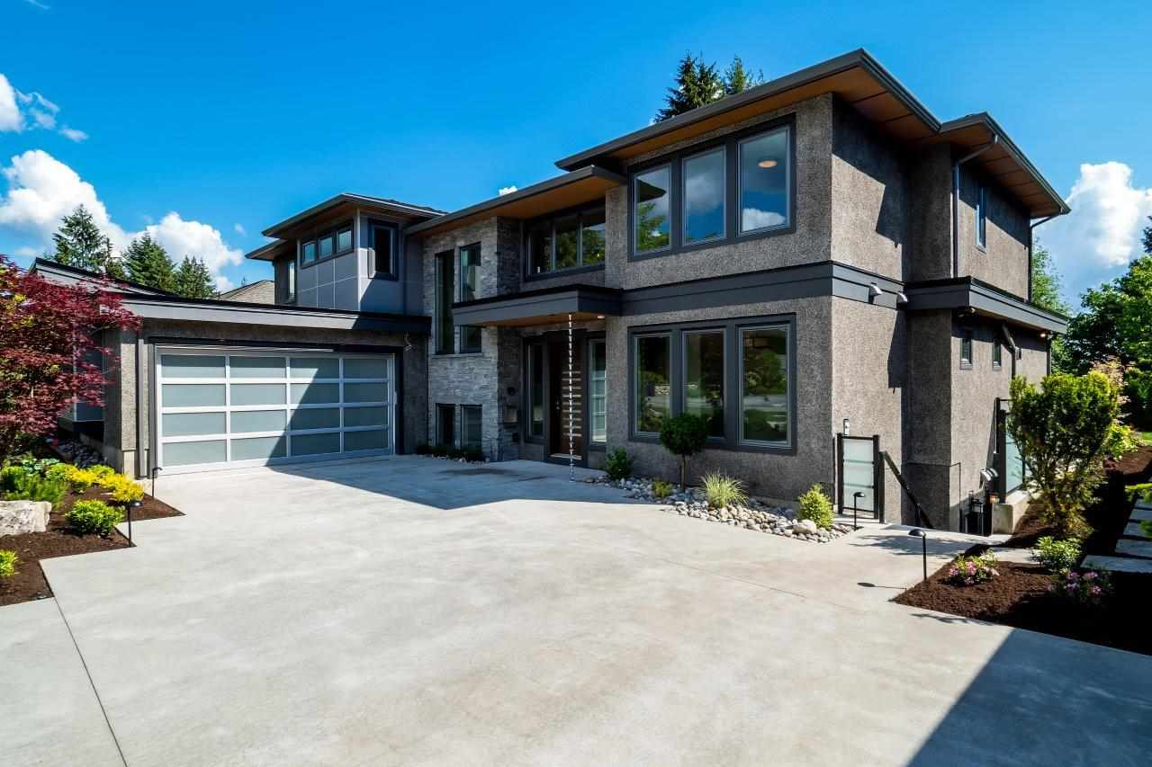 2767 CRESCENTVIEW DRIVE, North Vancouver