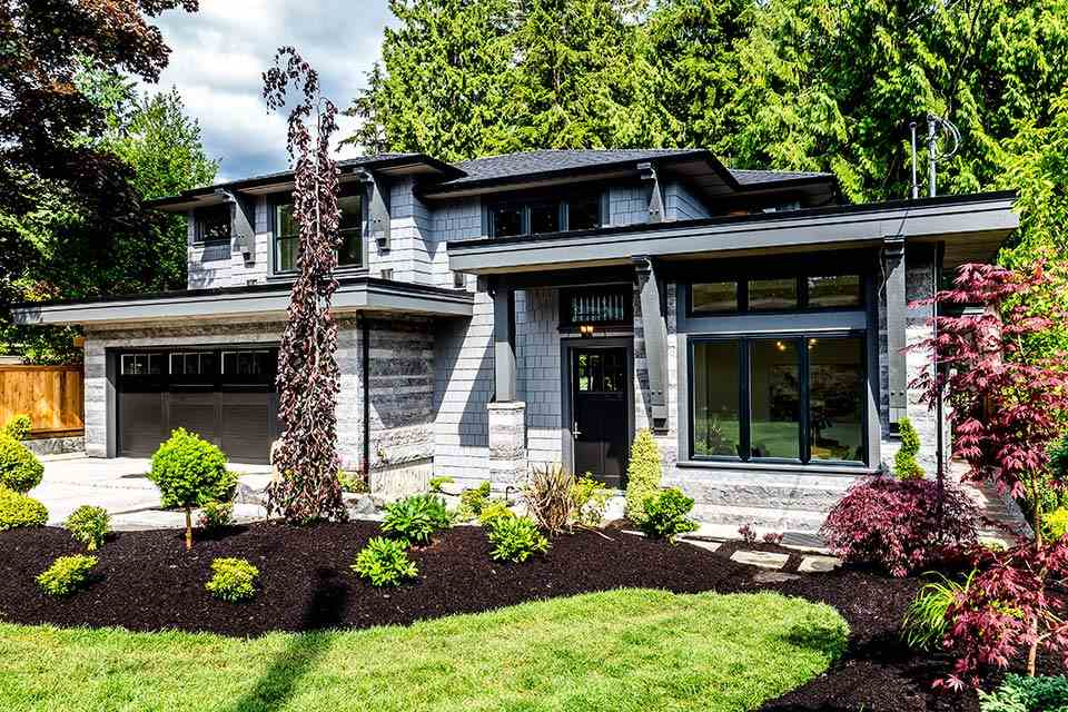 3880 SUNSET Edgemont, North Vancouver (R2201422)