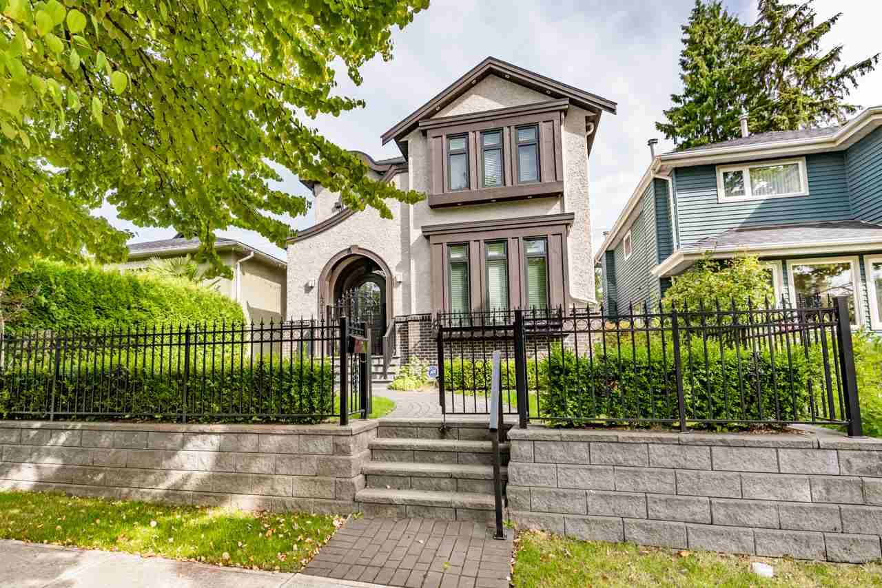 4217 W 16TH Point Grey, Vancouver (R2201563)