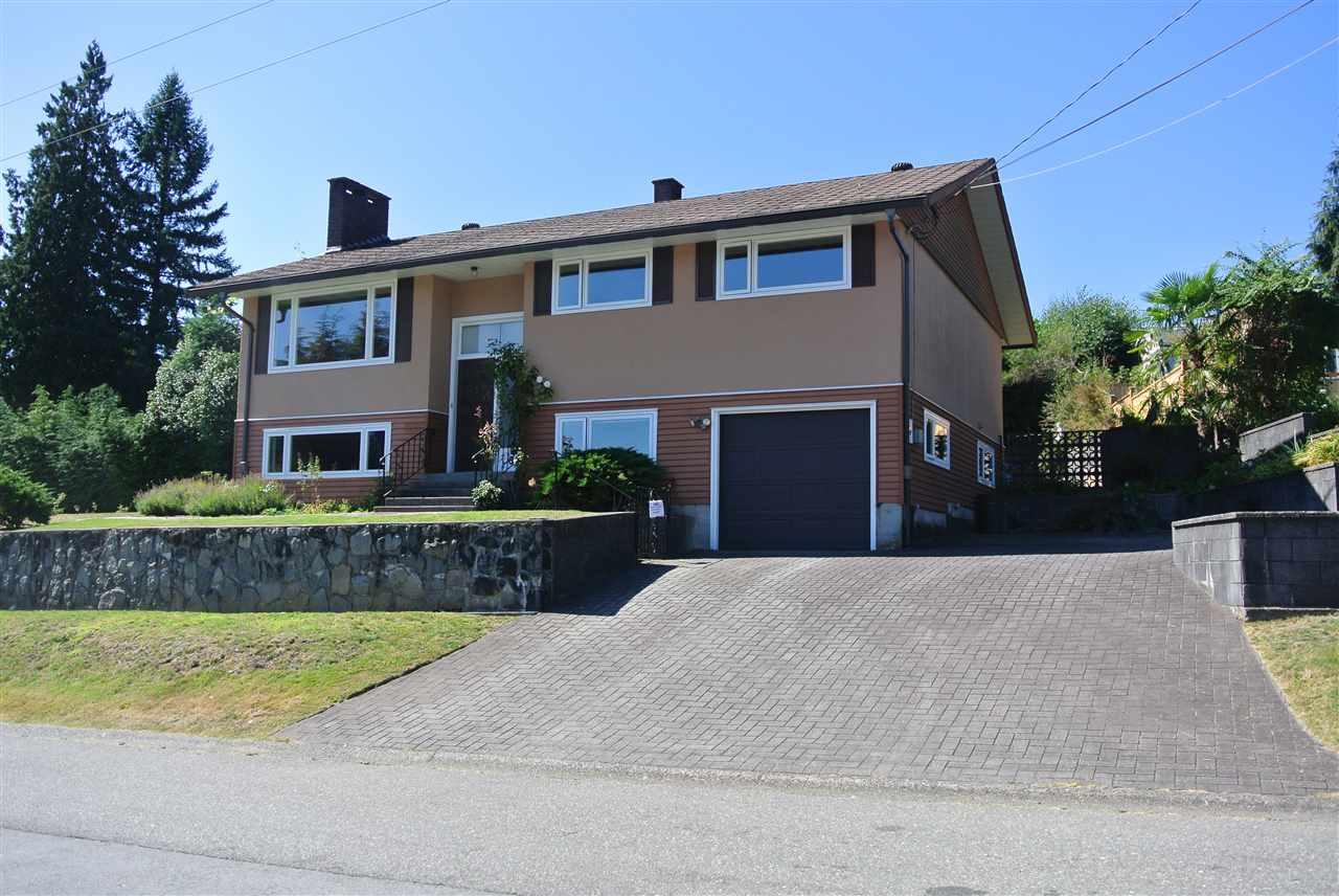 619 ROSLYN Dollarton, North Vancouver (R2202084)