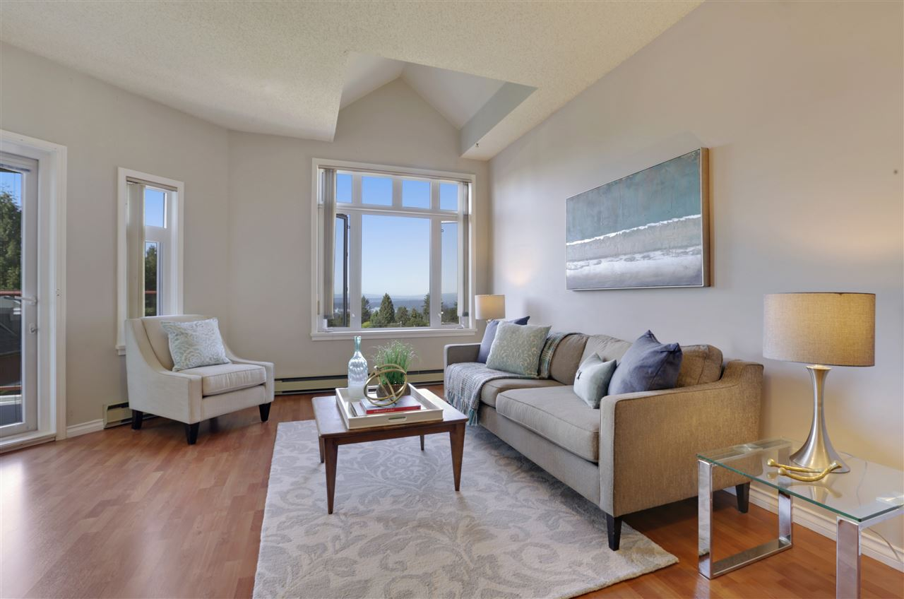 501 2800 CHESTERFIELD AVENUE, North Vancouver