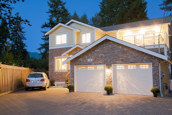 1300 MOUNTAIN HIGHWAY, North Vancouver
