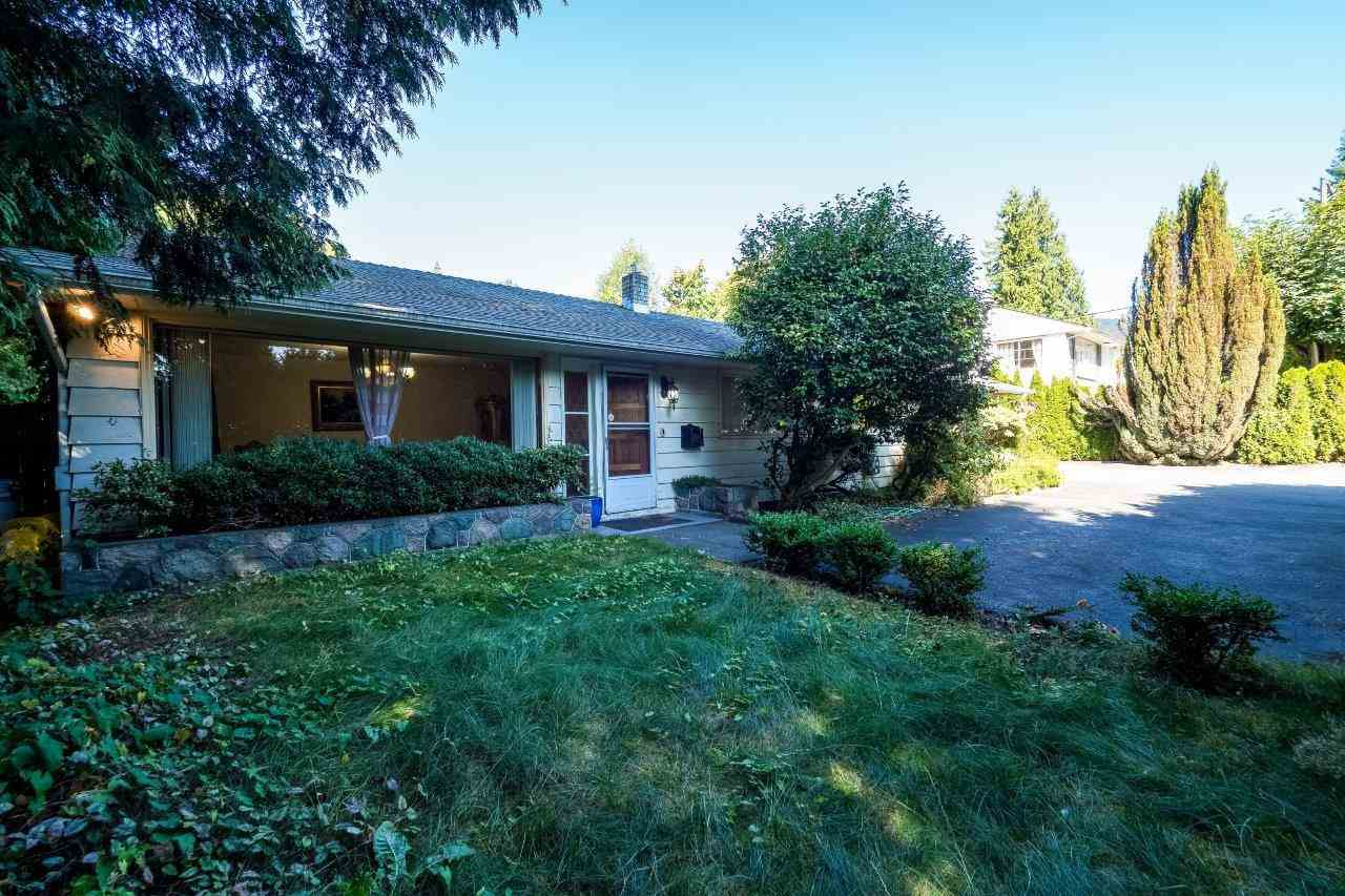 1055 TAYLOR Sentinel Hill, West Vancouver (R2203585)