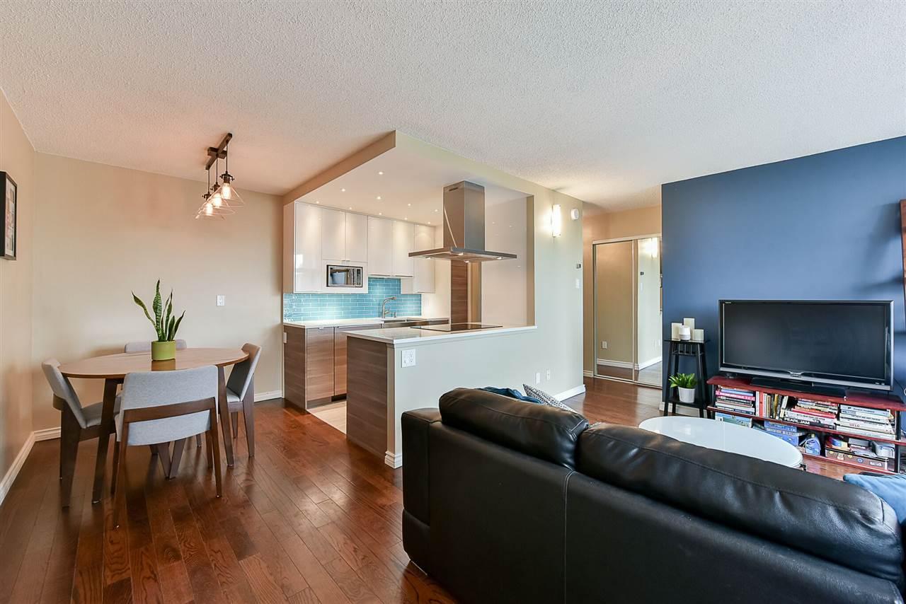 1405 1740 COMOX STREET , Vancouver, BC V6G 2Z1