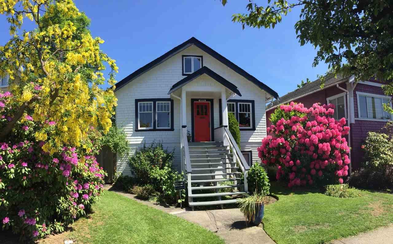 4692 QUEBEC Main, Vancouver (R2203758)