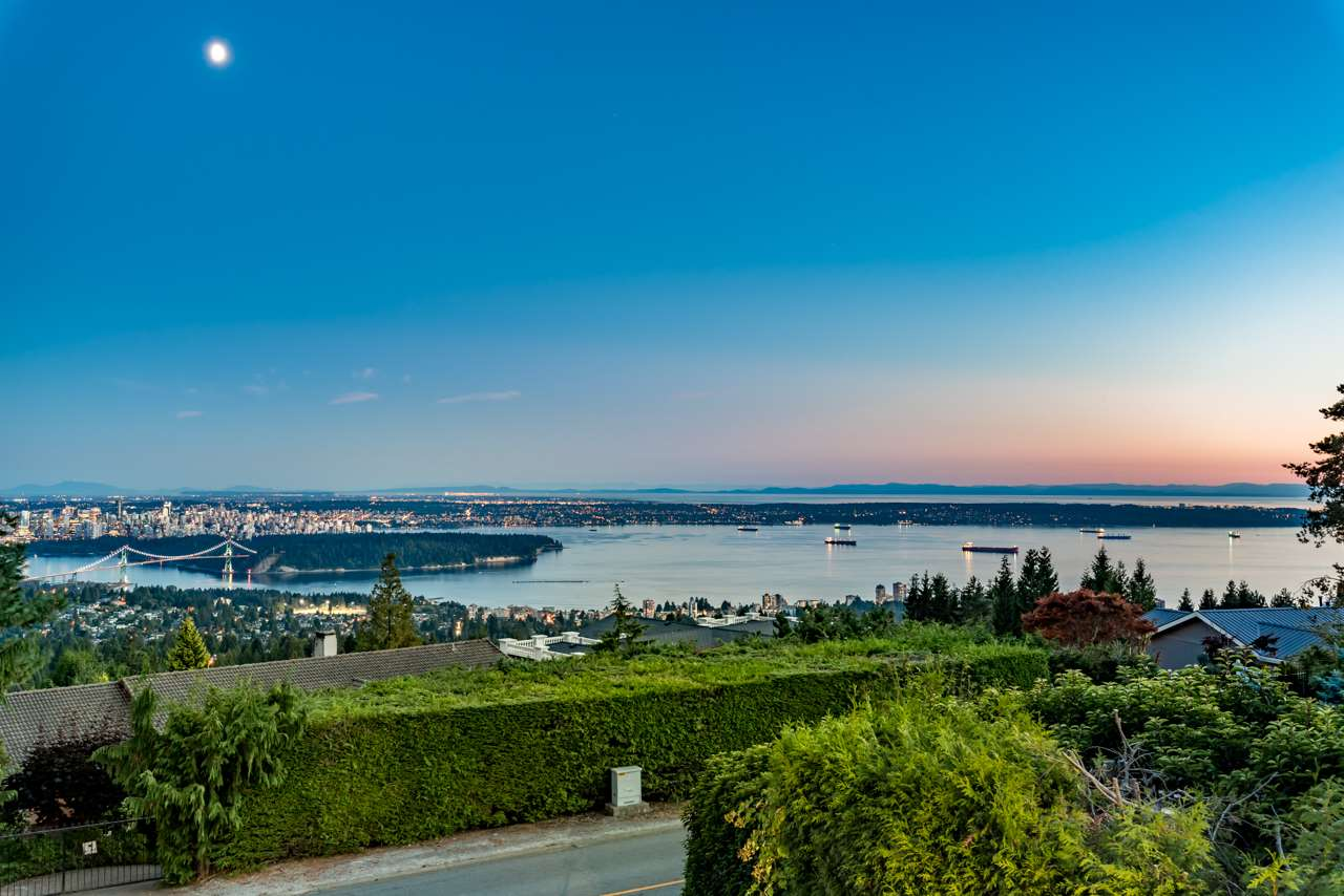 1441 CHARTWELL Chartwell, West Vancouver (R2203835)