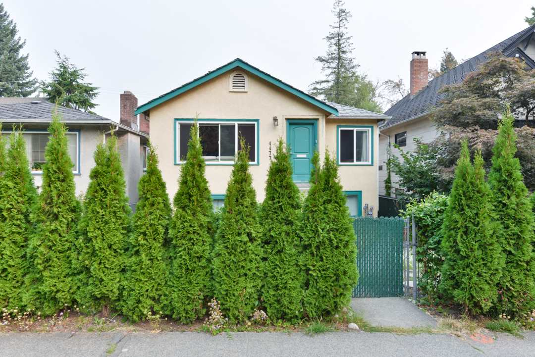 4477 W 16TH Point Grey, Vancouver (R2204068)