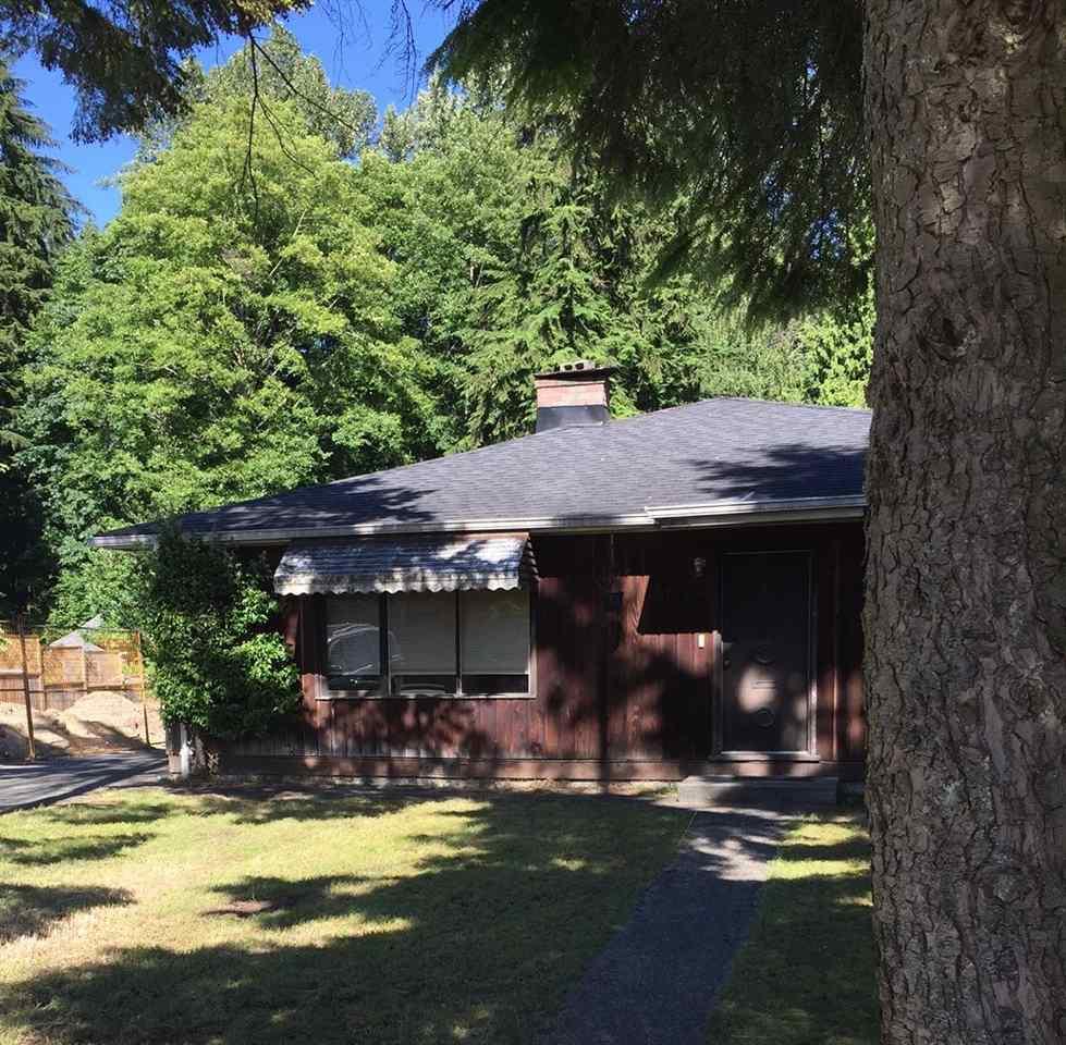 1752 FELL Hamilton, North Vancouver (R2204313)