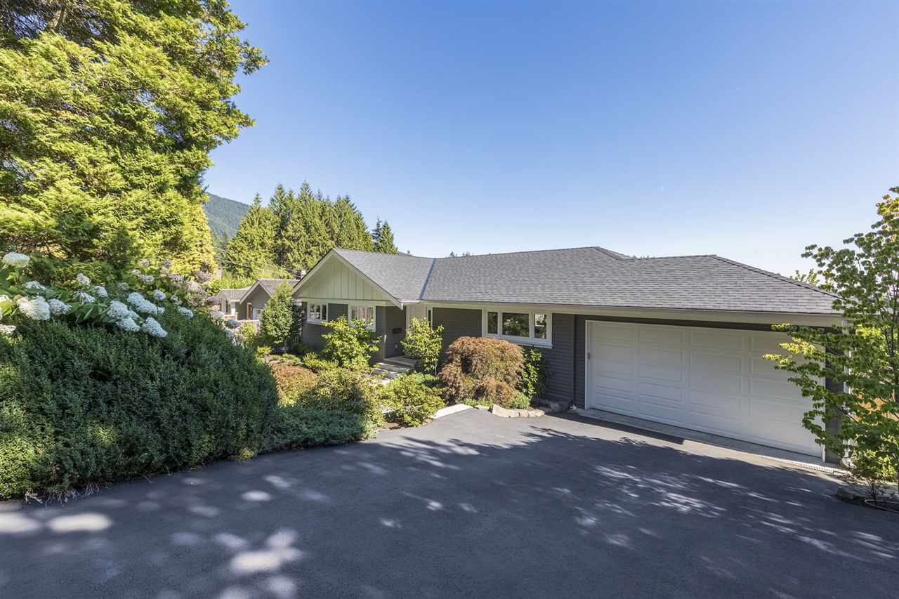 92 LAURIE Glenmore, West Vancouver (R2204795)