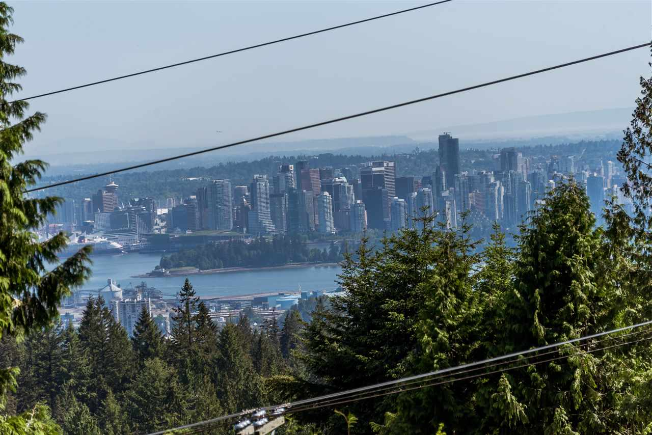 590 ST. ANDREWS Glenmore, West Vancouver (R2205106)