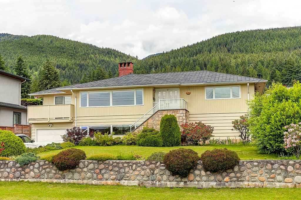 504 SAVILLE Upper Delbrook, North Vancouver (R2205890)