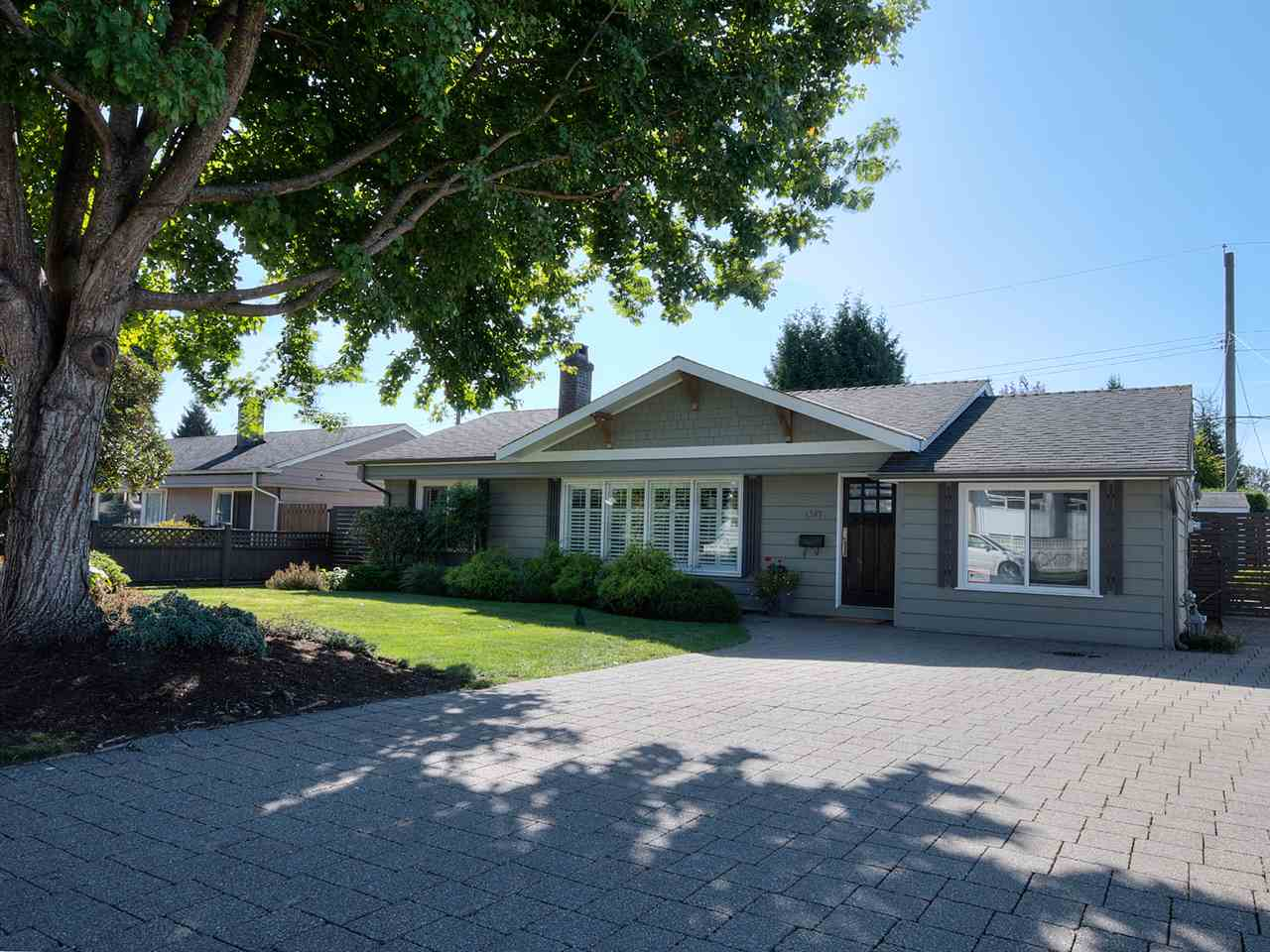 1387 W 15TH STREET, North Vancouver