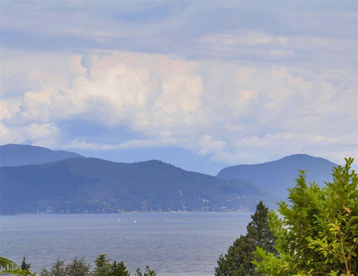 5537 CHANCELLOR University VW, Vancouver (R2206688)