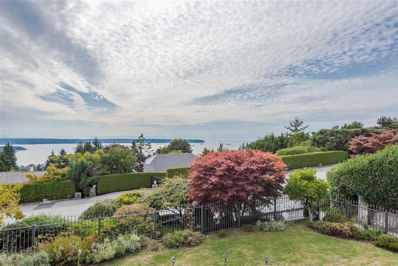 1393 CHARTWELL Chartwell, West Vancouver (R2206801)