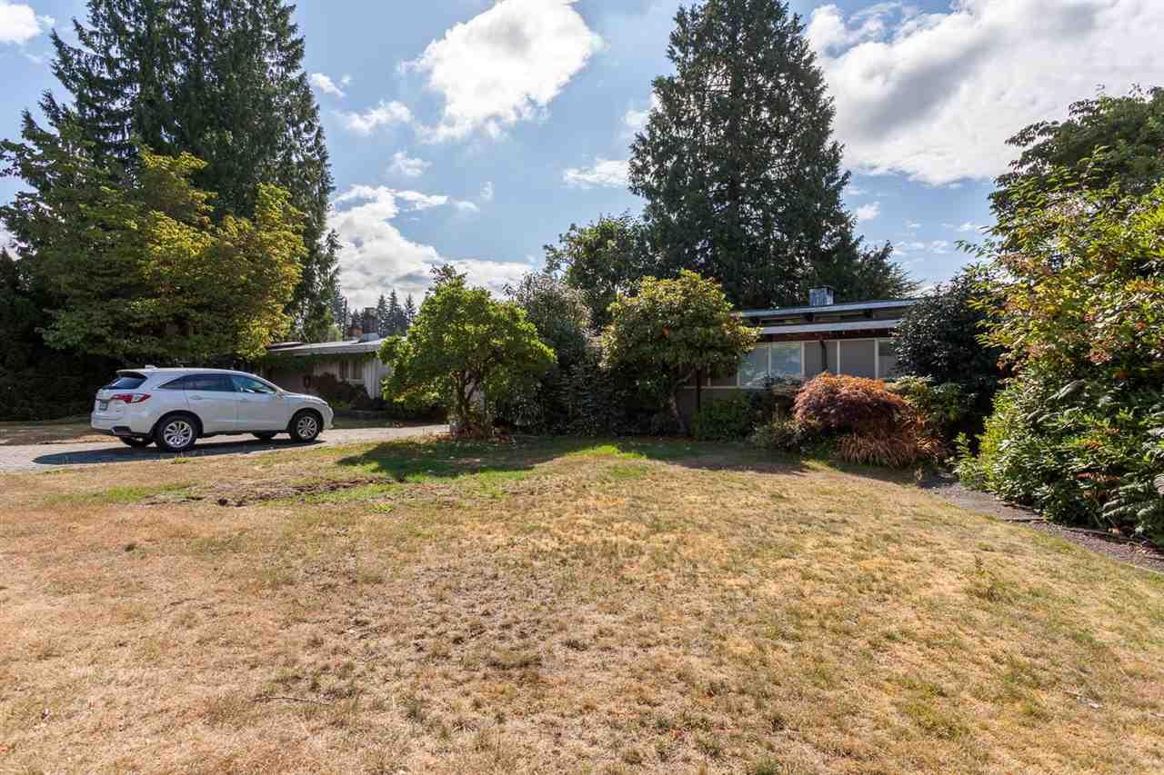 4053 SUNNYCREST Forest Hills NV, North Vancouver (R2207109)