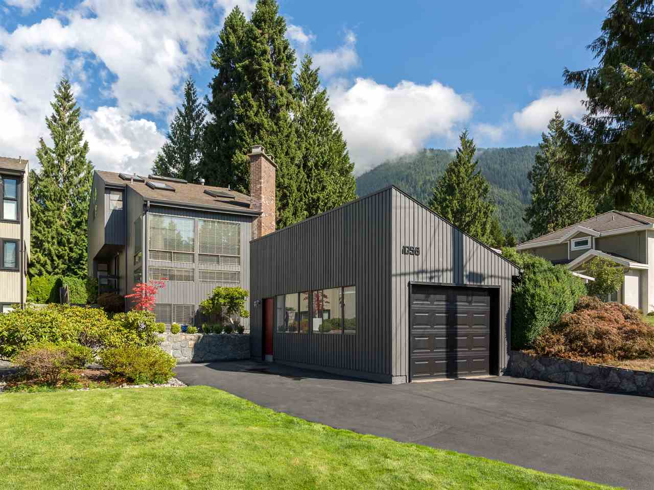 1058 CLEMENTS Canyon Heights NV, North Vancouver (R2207160)