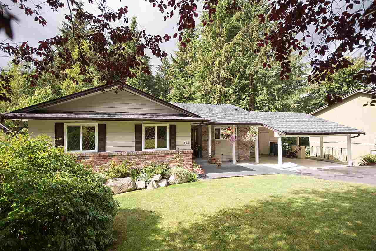 675 ALPINE Canyon Heights NV, North Vancouver (R2207689)
