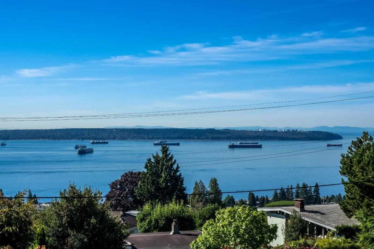 1920 ORCHARD Queens, West Vancouver (R2207883)