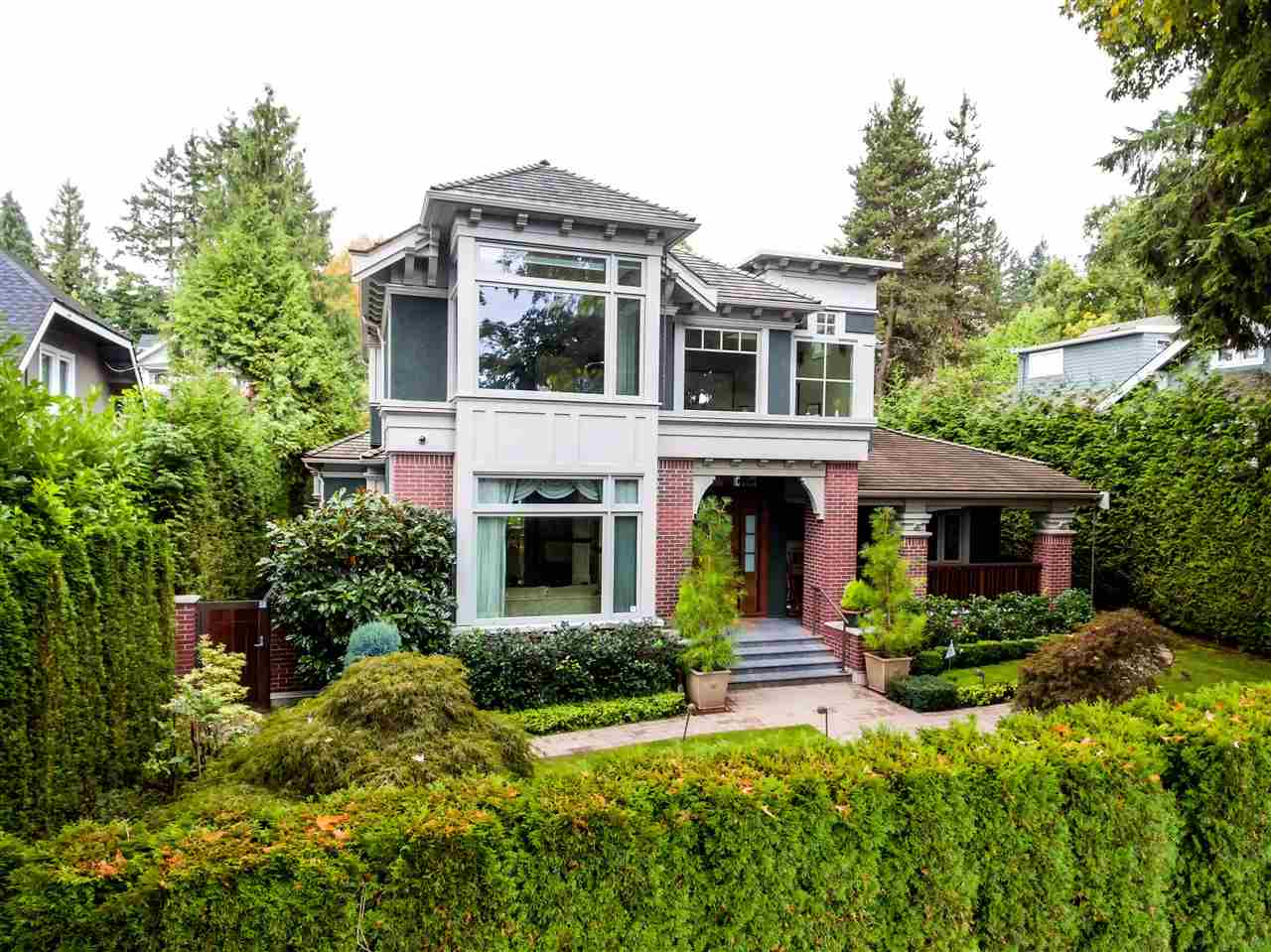 4688 W 3RD Point Grey, Vancouver (R2207956)