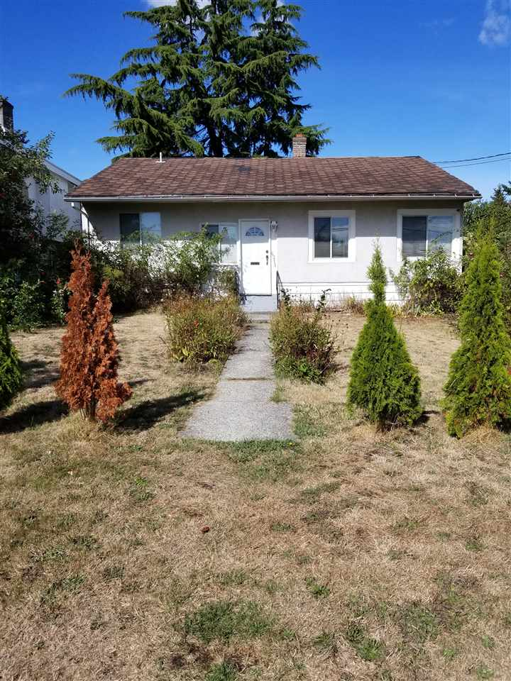 6211 NEVILLE South Slope, Burnaby (R2208474)