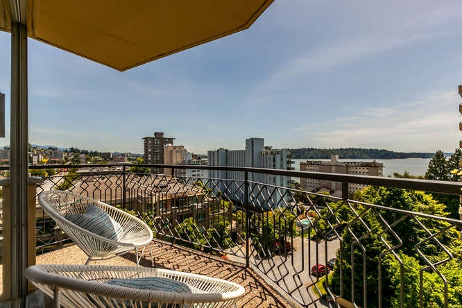 702 1930 MARINE DRIVE, West Vancouver