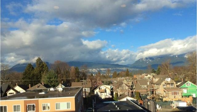402 2858 W 4TH AVENUE, Vancouver