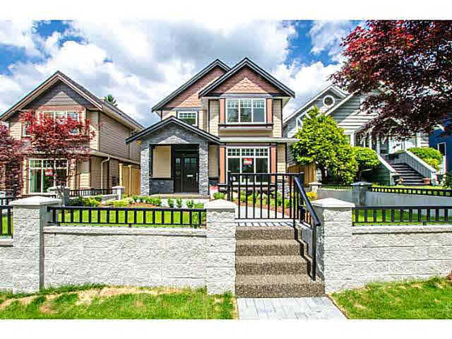 314 W 26TH STREET, North Vancouver