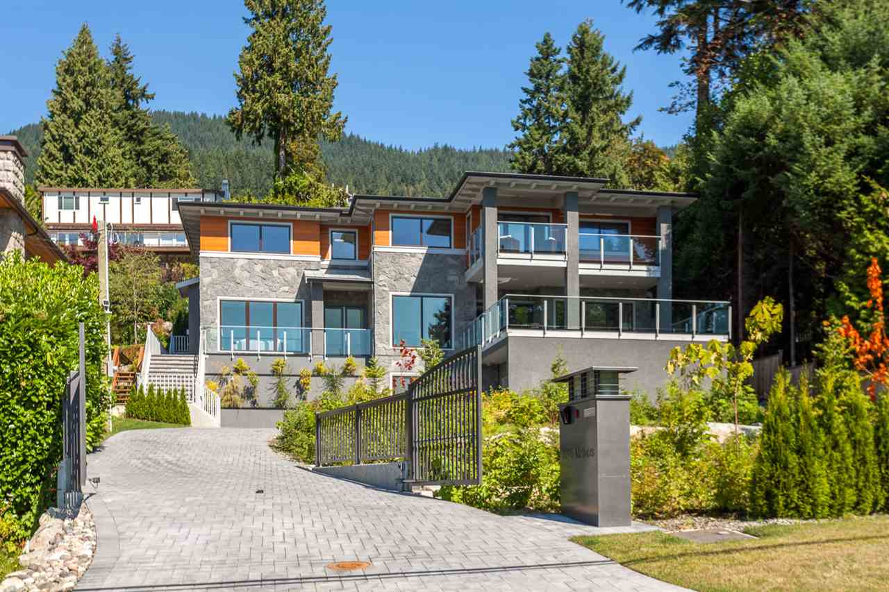 3225 MATHERS AVENUE, West Vancouver
