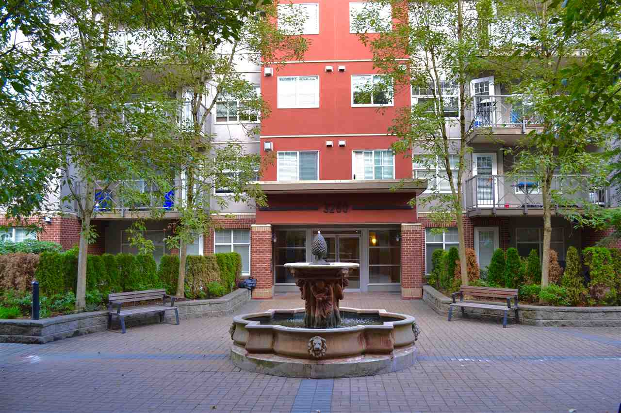 302 3260 ST JOHNS STREET, Port Moody