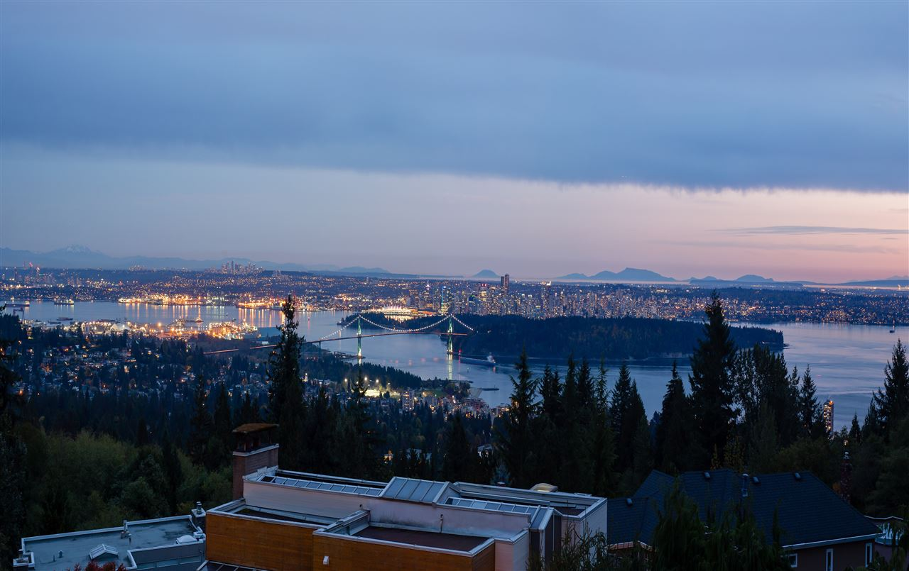 2585 WESTHILL Westhill, West Vancouver (R2213659)
