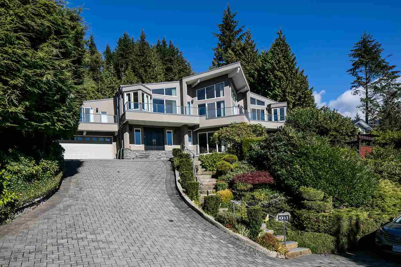 1053 MILLSTREAM British Properties, West Vancouver (R2214108)
