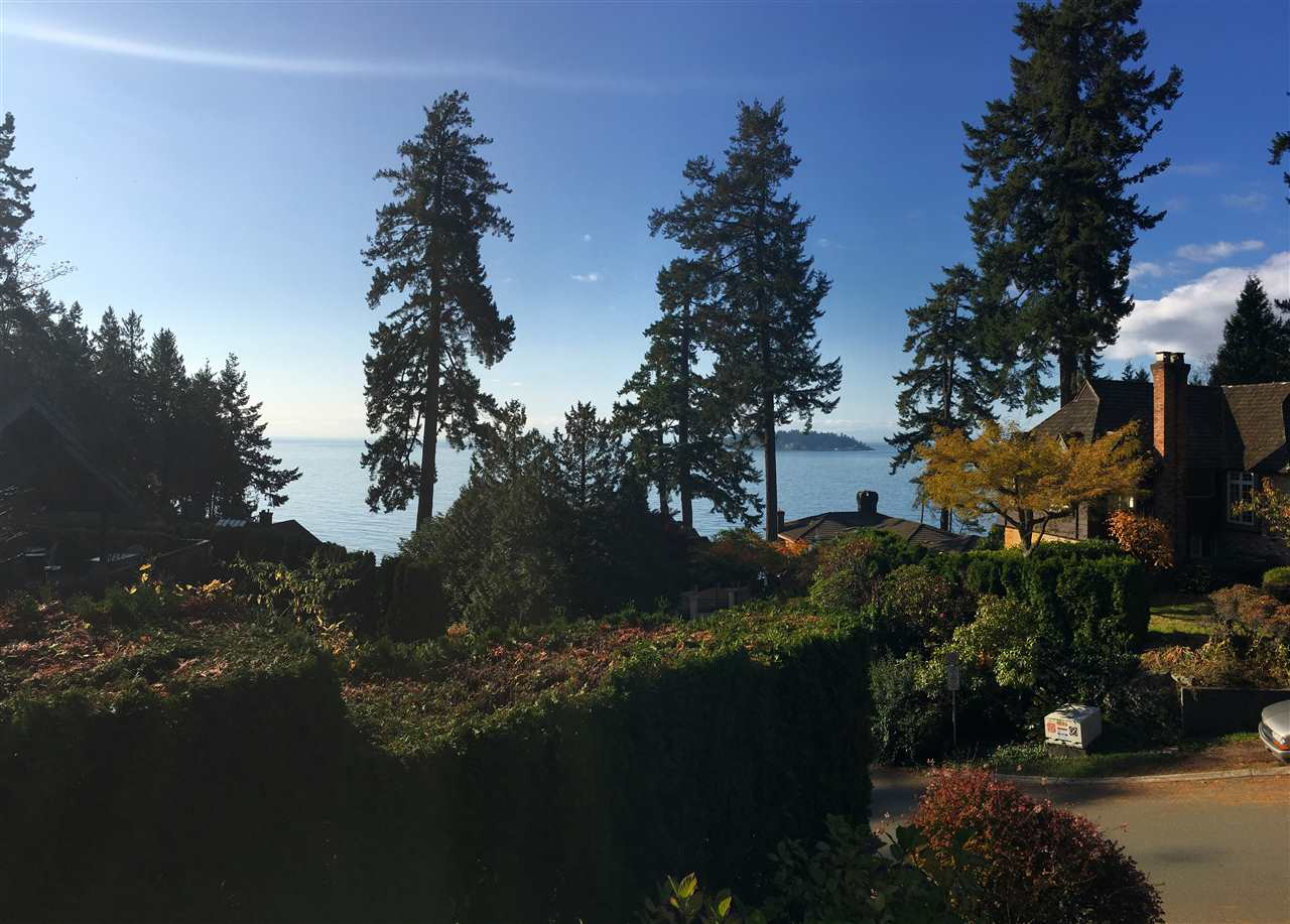 6004 GLENEAGLES Gleneagles, West Vancouver (R2215390)