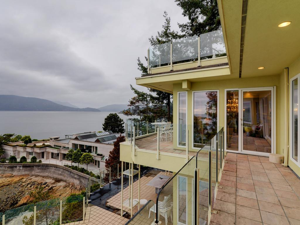 5315 SEASIDE PLACE, West Vancouver