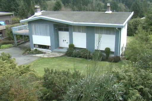 74 LAURIE Glenmore, West Vancouver (R2215576)