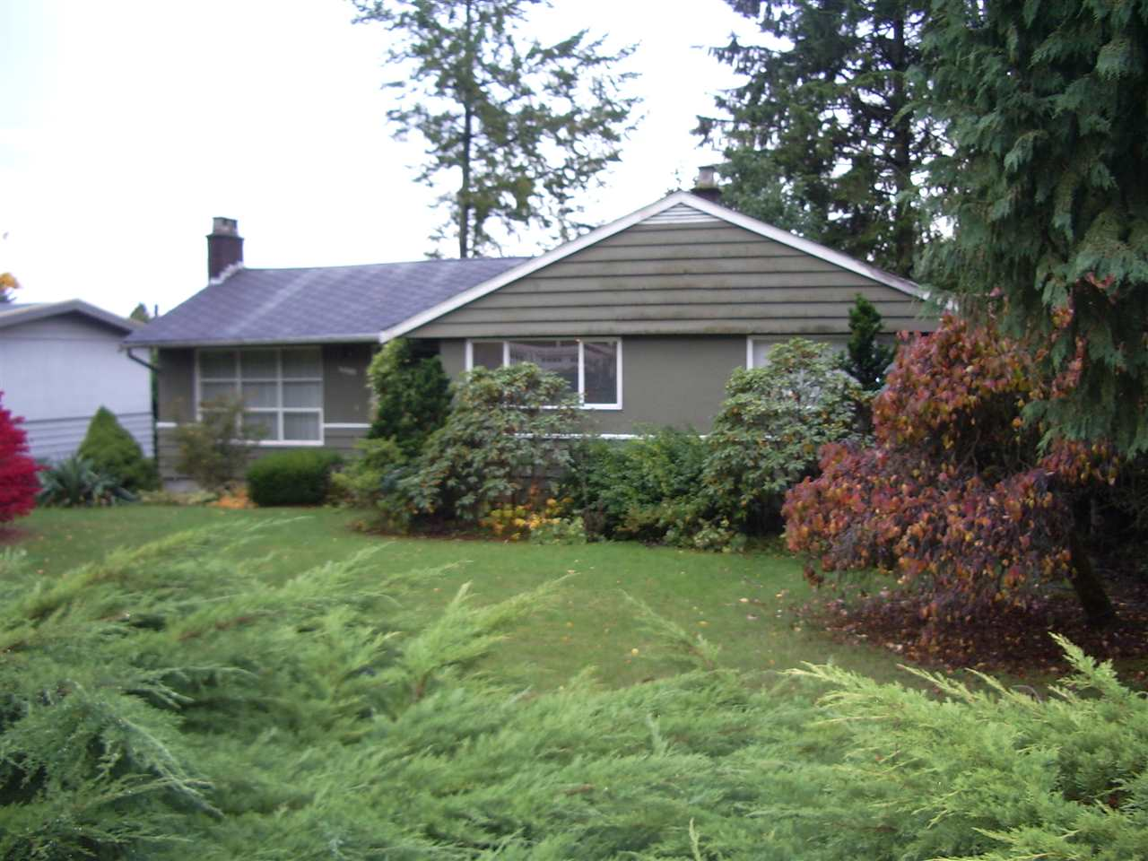 4399 HIGHLAND Forest Hills NV, North Vancouver (R2216358)