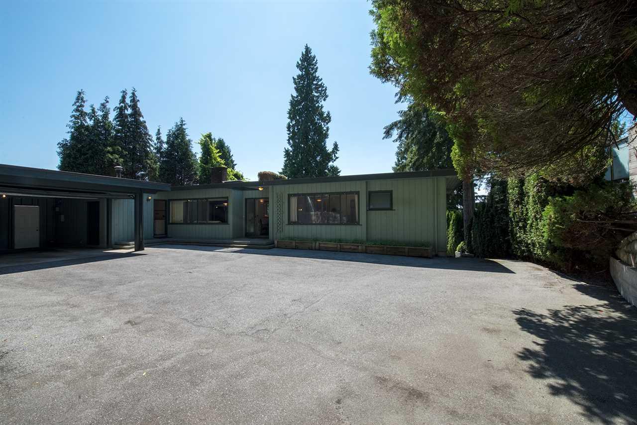1585 RENA Ambleside, West Vancouver (R2216498)