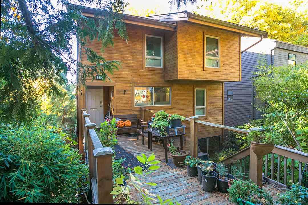 2101 WESTVIEW Hamilton, North Vancouver (R2217391)