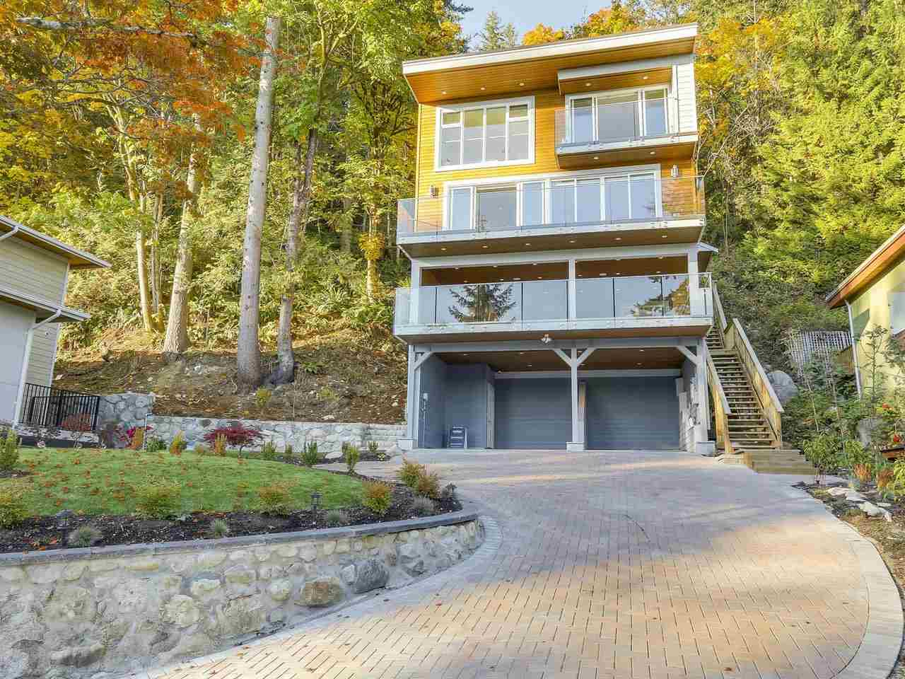 2867 PANORAMA DRIVE, North Vancouver