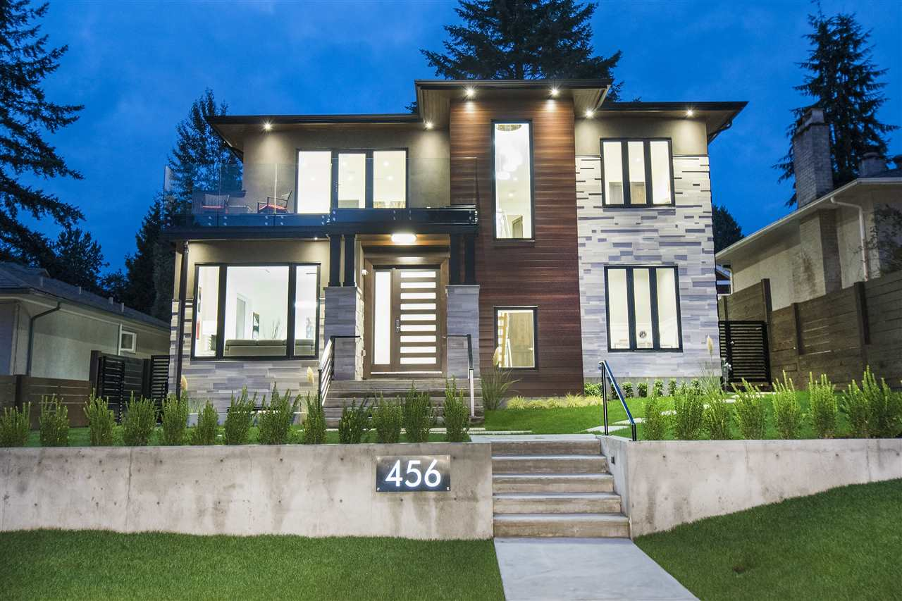 456 W 28TH STREET, North Vancouver