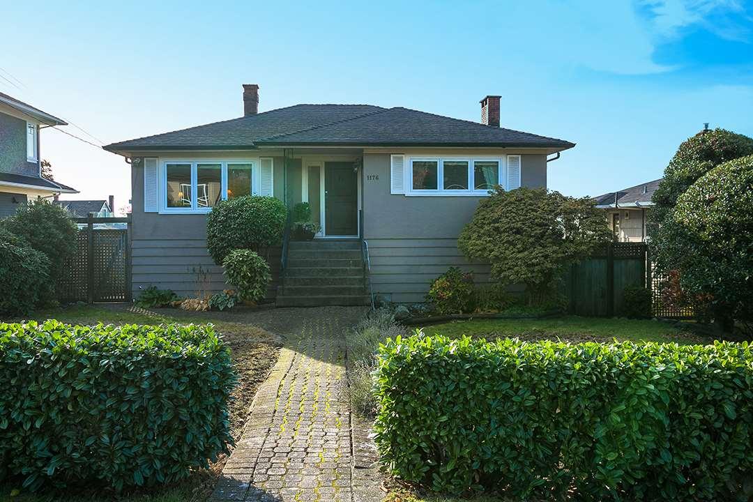 1176 GORDON Ambleside, West Vancouver (R2218986)