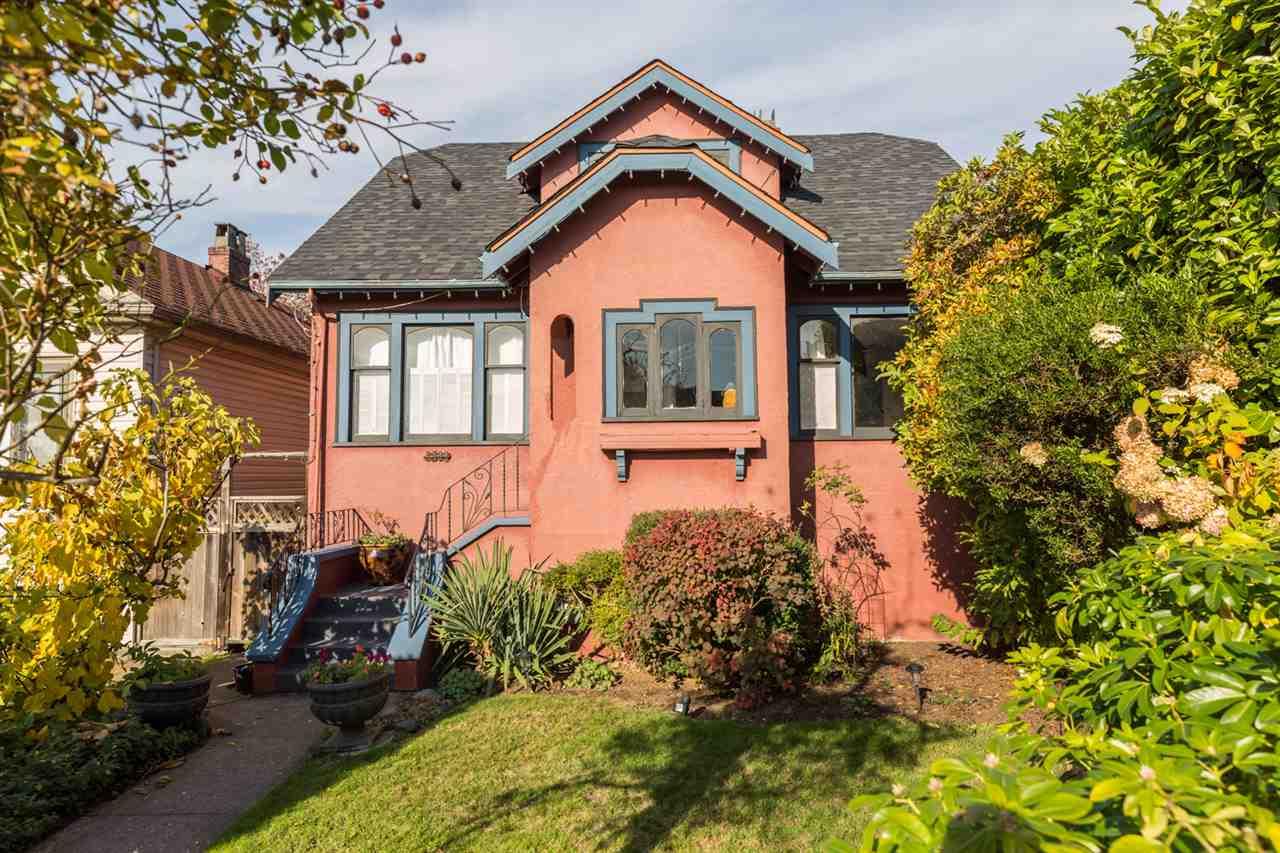 3509 TRIUMPH Hastings East, Vancouver (R2219110)
