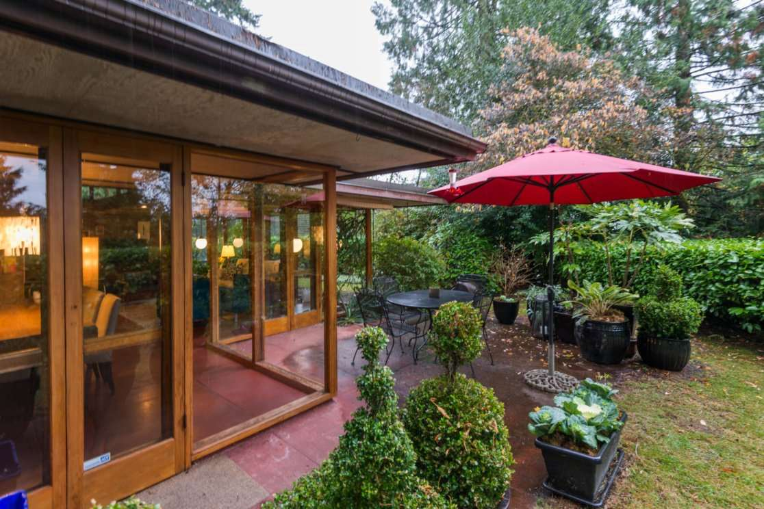 3635 SUNNYCREST DRIVE, North Vancouver