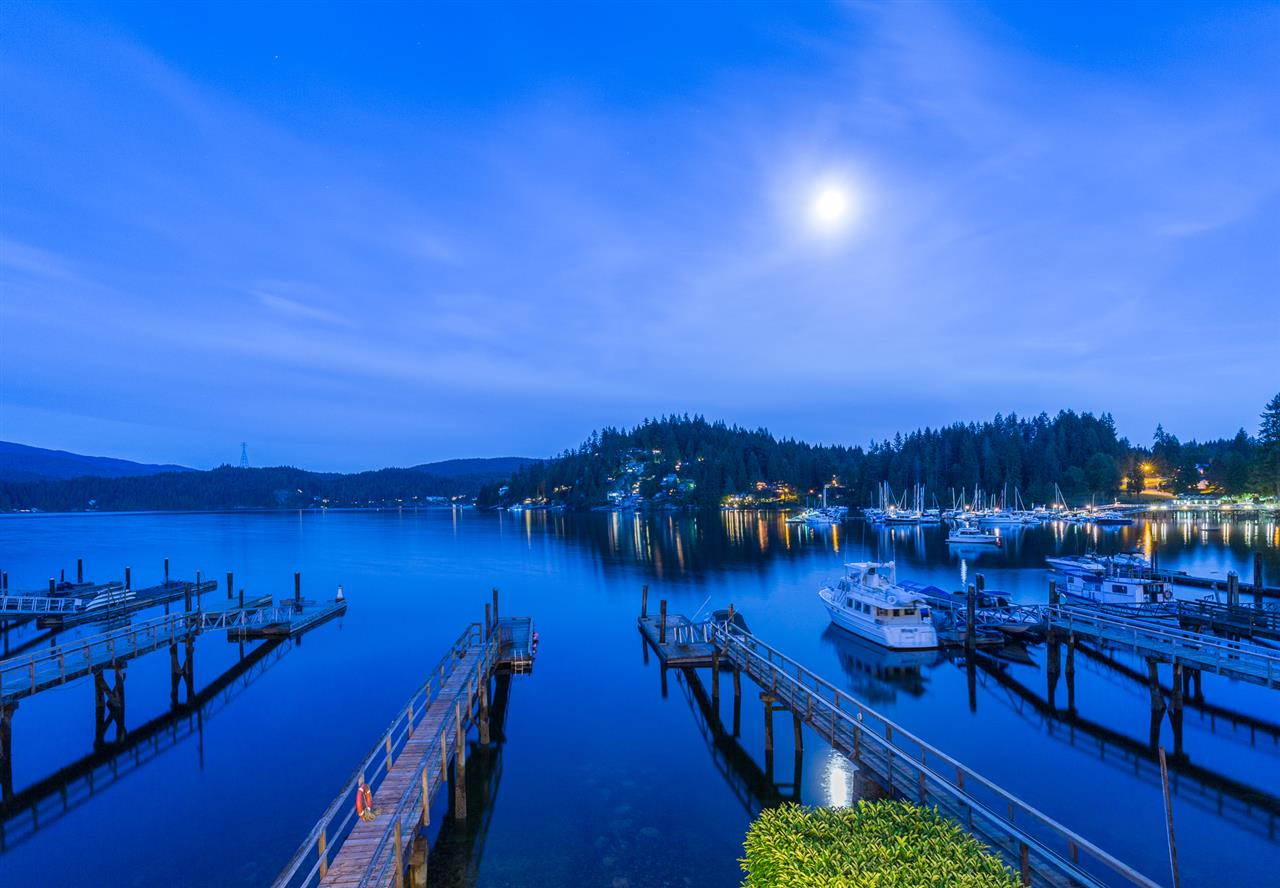 2564 PANORAMA Deep Cove, North Vancouver (R2219320)