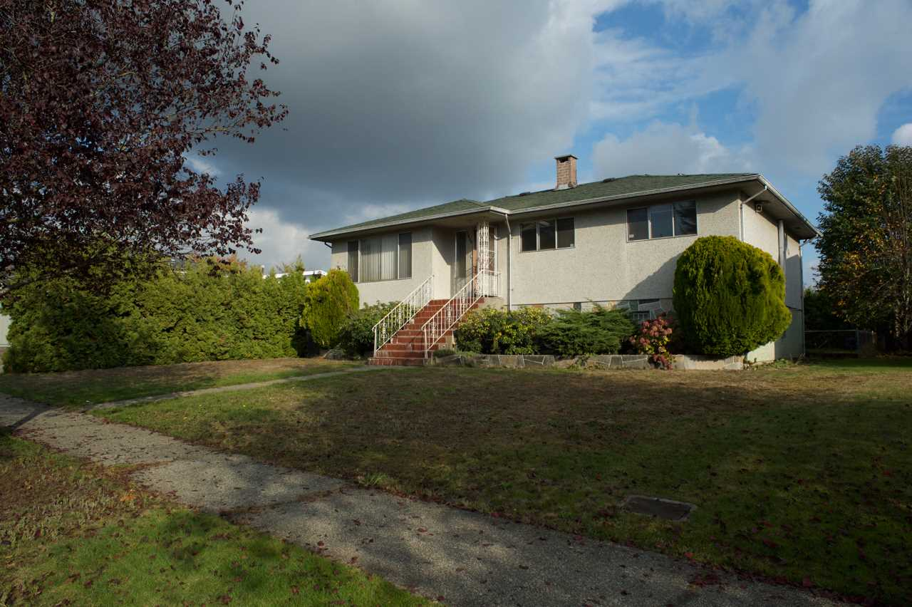 7038 ELMHURST Fraserview VE, Vancouver (R2219990)