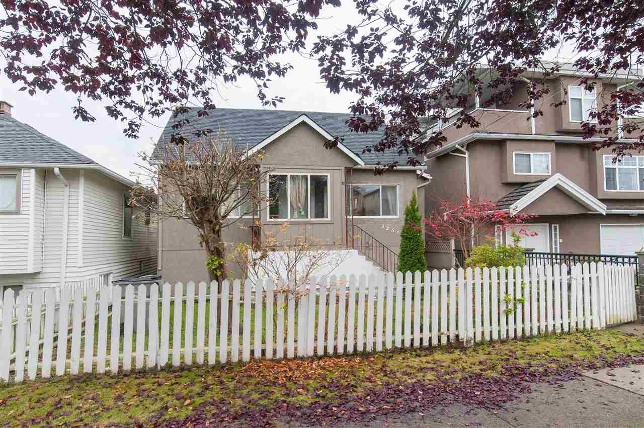 3256 AUSTREY Collingwood VE, Vancouver (R2221044)