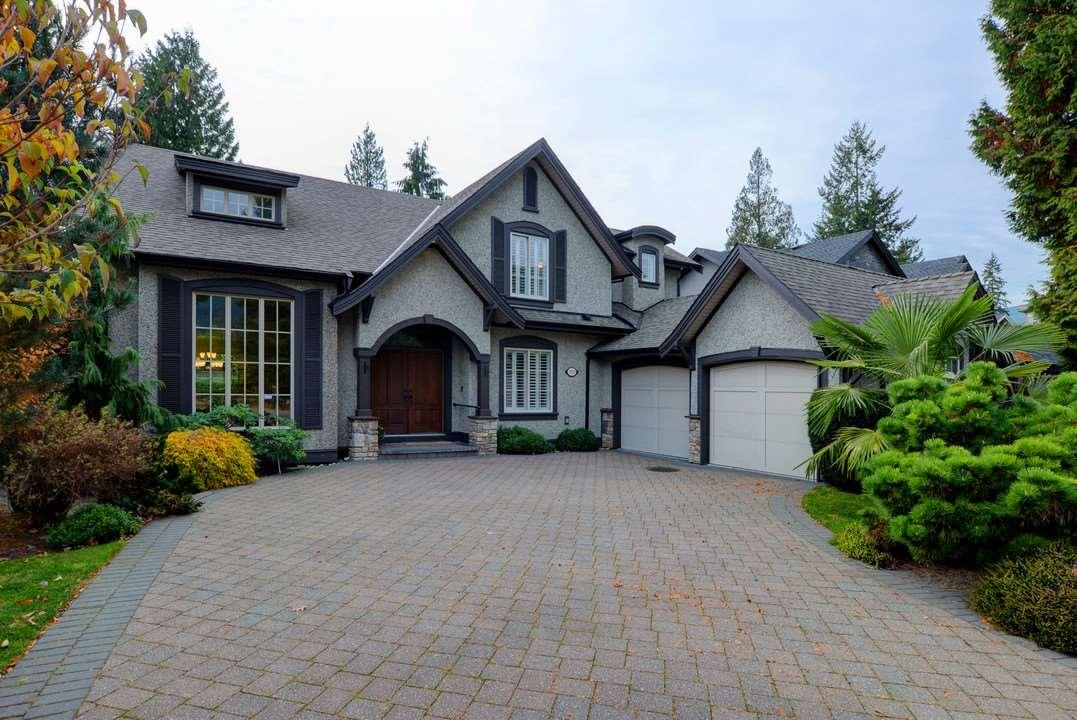 2929 EDGEMONT Edgemont, North Vancouver (R2221736)