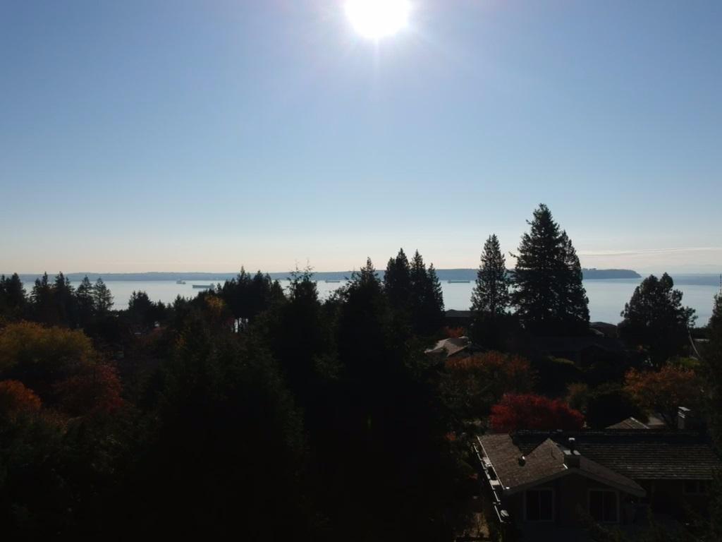 4115 ALMONDEL Bayridge, West Vancouver (R2221819)