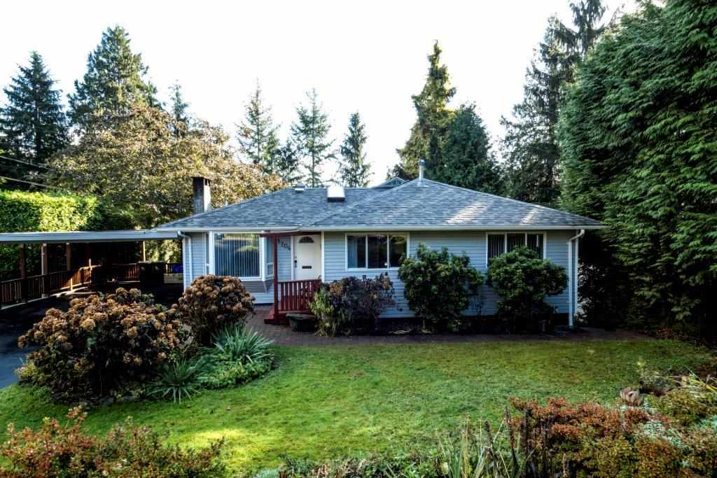 1704 APPIN ROAD, North Vancouver