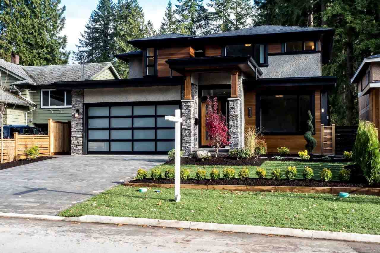 4064 HOSKINS ROAD, North Vancouver