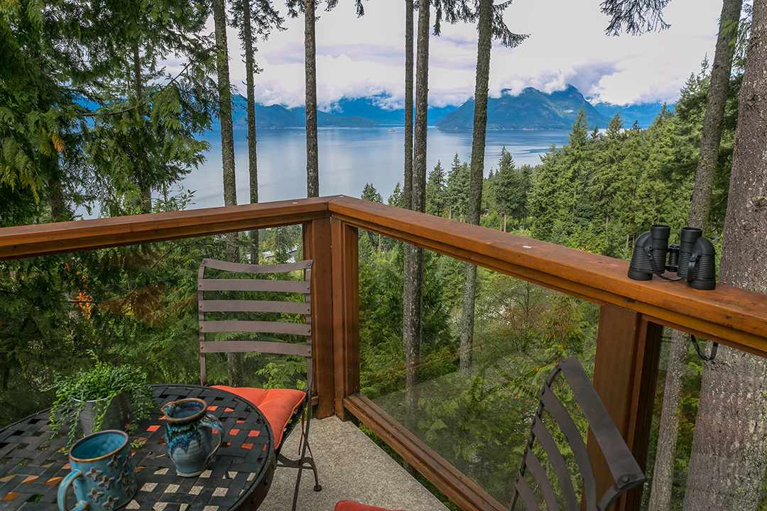 373 OCEANVIEW Lions Bay, Lions Bay (R2222574)